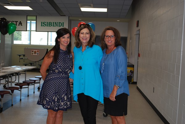 Current principal, Teresa Dixon, along with former principals, Terri DeLoach and Stephany Smith
